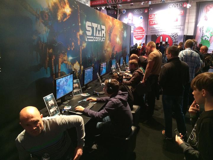 Star conflict на Gamescom | Новогоднее мини-интервью с разработчиками игр.