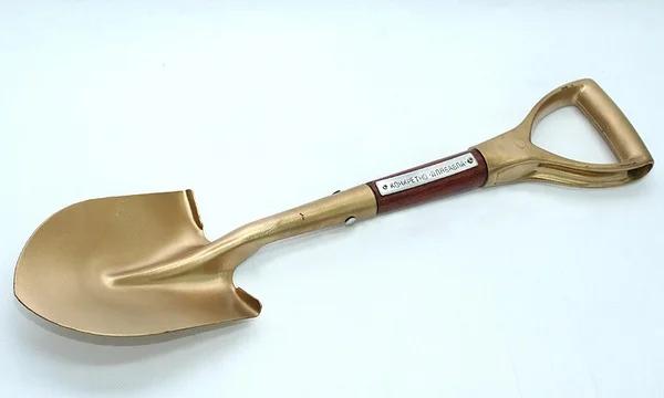 золотая лопата | Прозрачность кода в C++