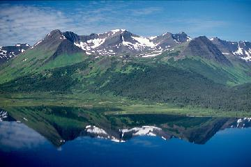 S0108D16_mountains_reflection