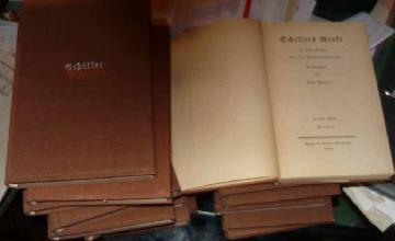 Schiller's Bücher, klein