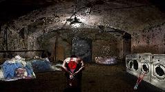 Побег из особняка маньяка подвал